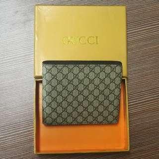 GUCCI Wallet (Free)