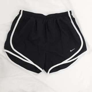 Nike women shorts