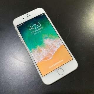 【售】iPhone 8 64G 銀白