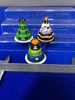 Handmade Miniature 3-tier Halloween Cake (Clay)