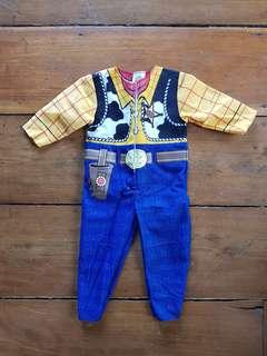 Brandnew Woody Jumpsuit w/ hat and booties