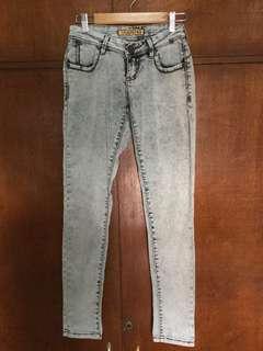 Acid Wash Low Waist Pants / Jeans