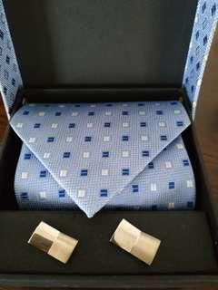 Stylish Necktie + Cufflinks