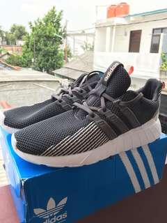 Adidas Questar Flow Black White ORI BNWB