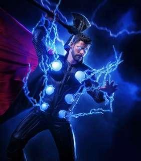 *PO* Hot Toys Avengers Infinity War One sixth scale collectibles for Thor