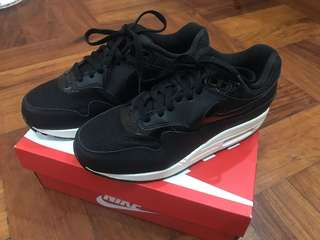 7aa35a98bd air max 1 | Women's Fashion | Carousell Philippines