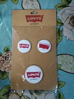 Original levis button & sticker