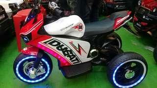 Superbike Ducati for kids