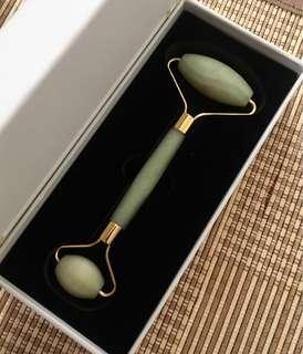 100% Natural Jade Facial Roller