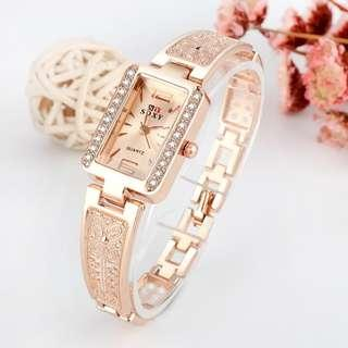COD K TRG SOXY Women Watches