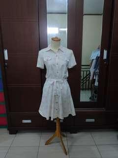 Dress white #bersihbersih