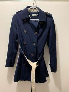 深藍中長外套