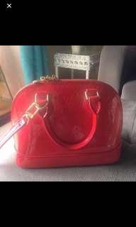 Used Louis Vuitton Alma shoulder bag