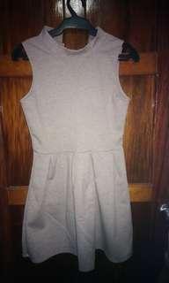 Grayish/brownish Dress