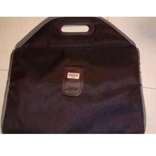 Laptop sleeve casing