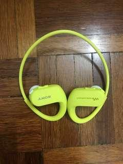 Sony Sports Earphones - MP3 Player (NW-WS413)