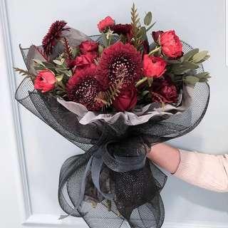 鮮花束有大45cm中35cm細25cm (所有花束可製成乾燥花系列)