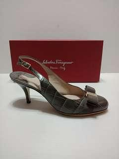 Authentic Ferragamo Flavia Shoes
