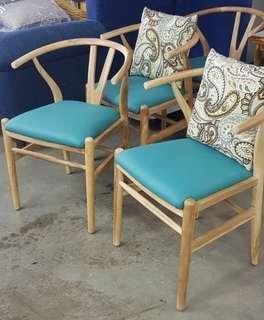 Dining wishbone chair