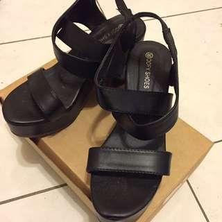 🚚 黑色高跟厚底鬆緊帶涼鞋