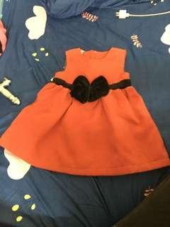 🚚 紅色小洋裝