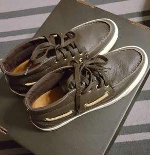 e9ab4e5212b2 ( Unisex ) Converse Jack Purcell Mid-Top Brown Leather Boat Shoe