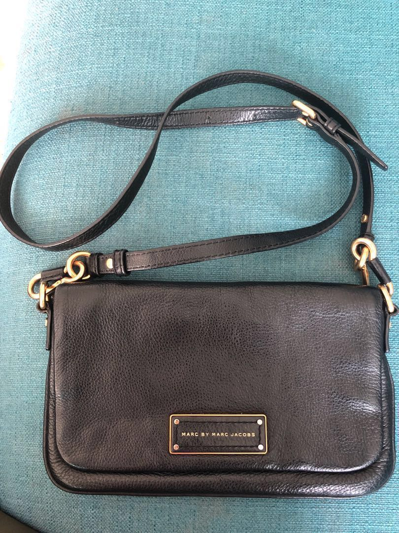 651aefaf0c69 Authentic  Marc By Marc Jacobs Sling Bag