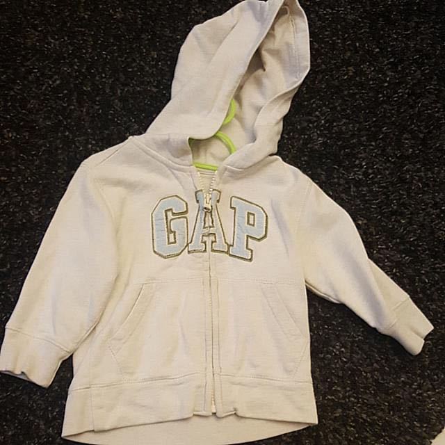 9b8fbaed32712 Baby Gap Sweater Jacket 12-18 Months Great Condition and loads of ...
