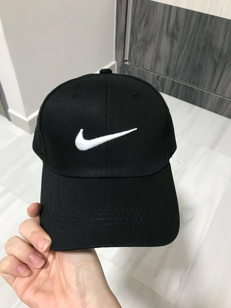 a015da41e9c09 Brand New Black Nike Baseball Cap