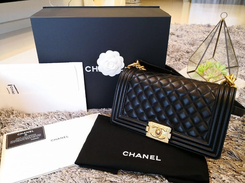 6ec0c953053c Chanel Boy Lambskin Medium GHW, Luxury, Bags & Wallets, Handbags on ...
