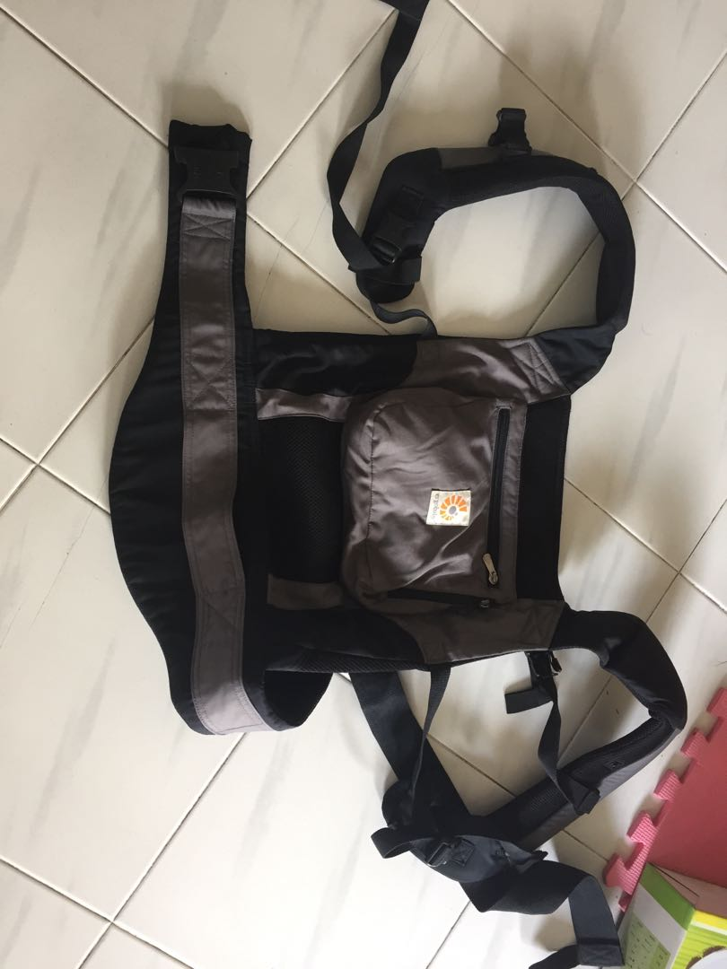 256a49188fa Ergobaby performance baby carrier