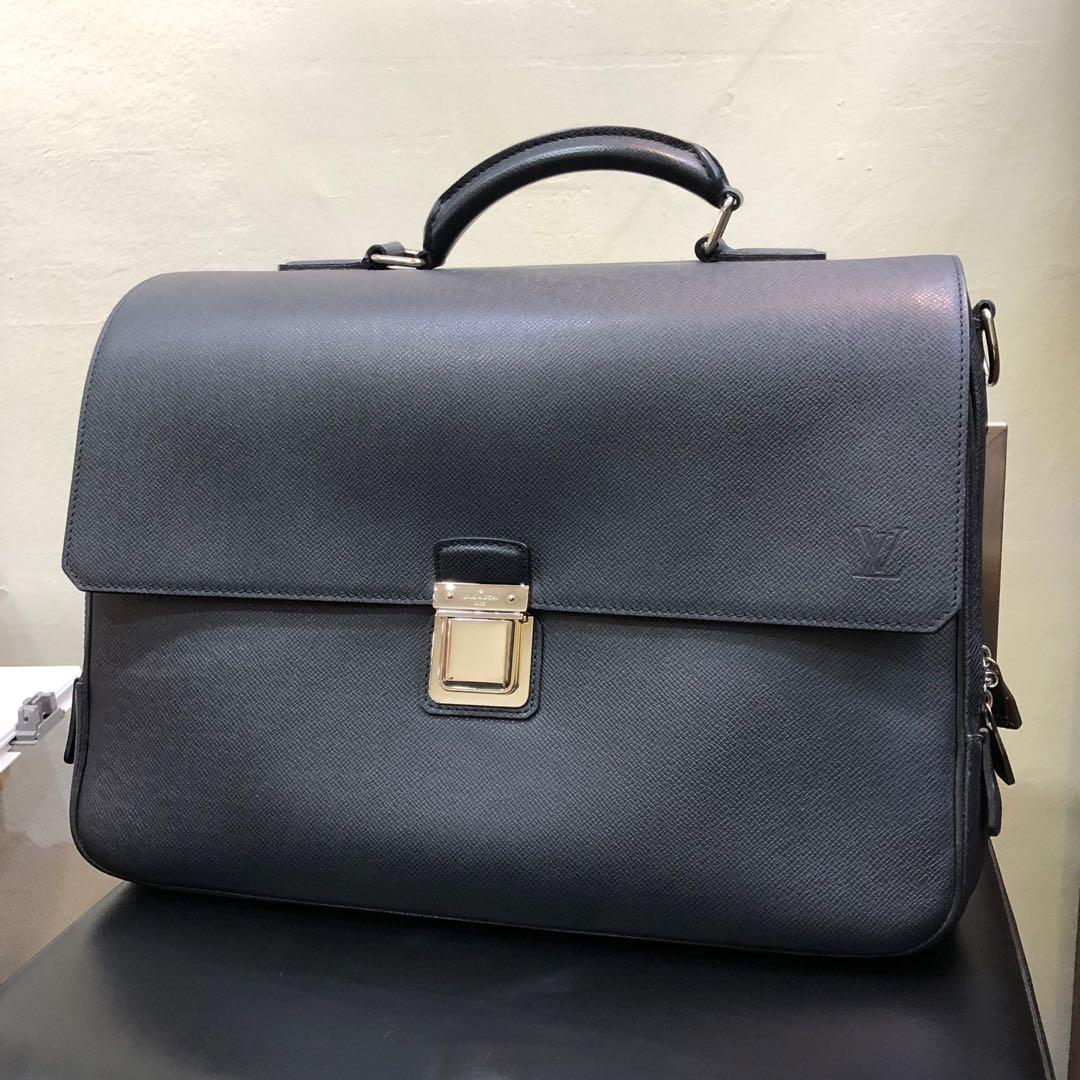 8ad2081d7ac0 Louis Vuitton Boreal Taiga Leather Vassili GM (New Year Promosi ...