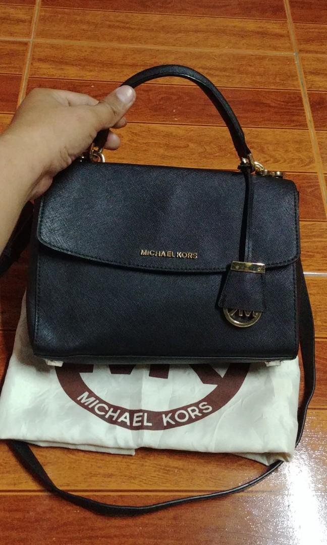 c0ee46b995ff Michael kors small ava saffiano satchel crossbody bag
