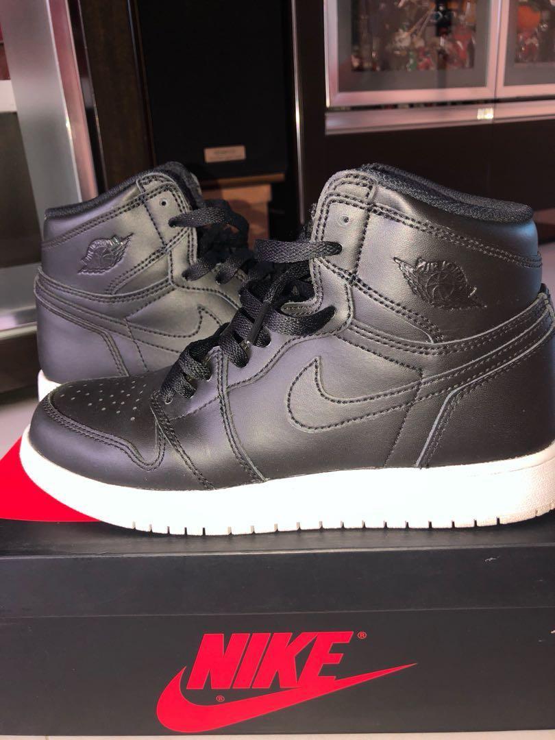 ba5df62c39d Nike Air Jordan 1 retro high, Women's Fashion, Shoes, Sneakers on ...