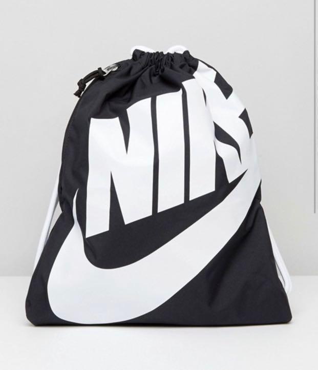 Nike Heritage Drawstring Gym Sack 0a76eb8f0d819