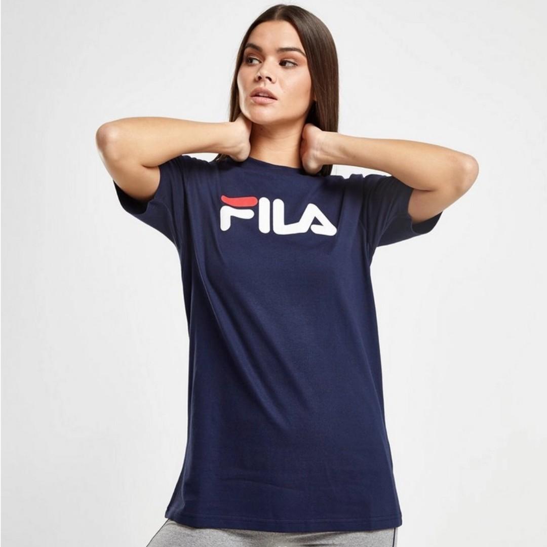c48f1c3ca9b2 [PRE-ORDER] Fila Boyfriend Logo T-Shirt, Women's Fashion, Clothes, Tops on  Carousell