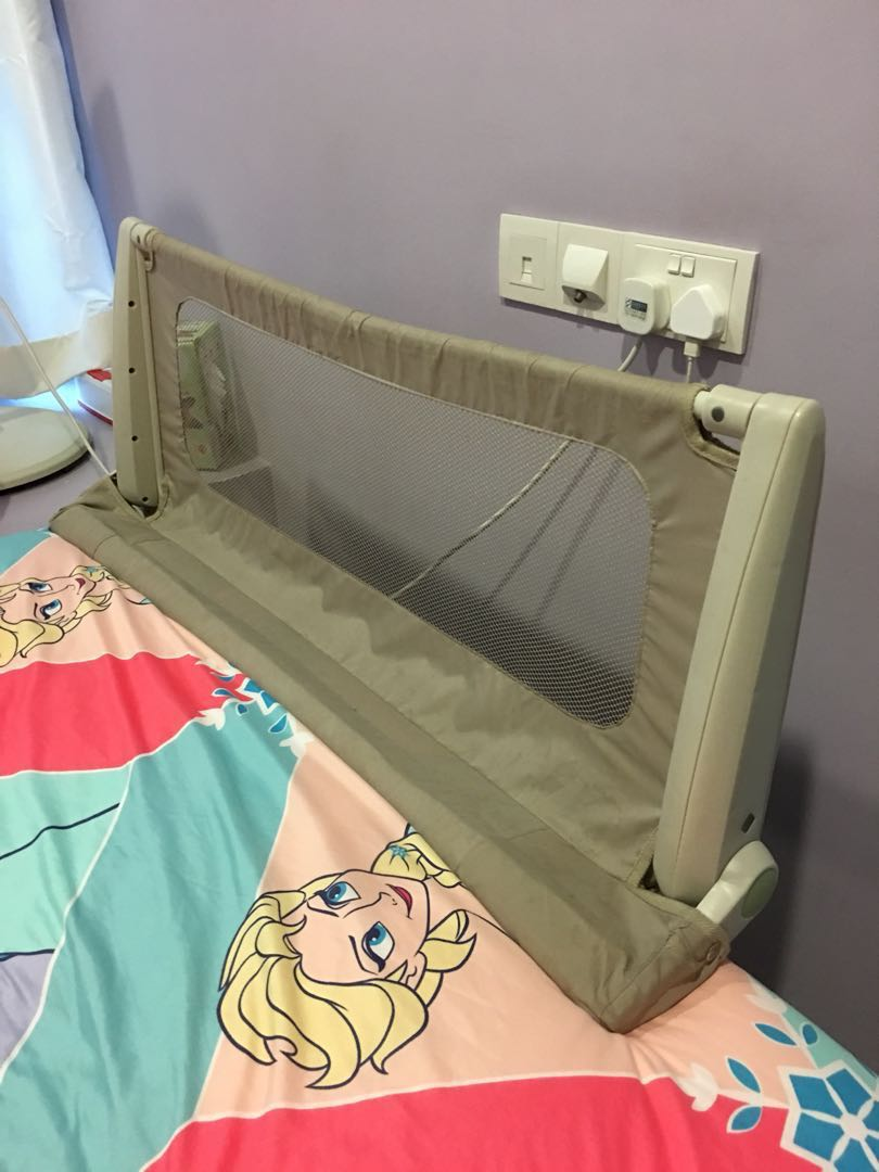c94929d35 Safety First Top off Mattress Bed Rail, Babies & Kids on Carousell