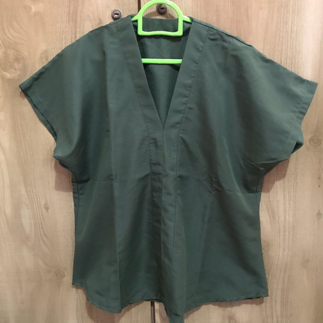 Top Army Green Blouse