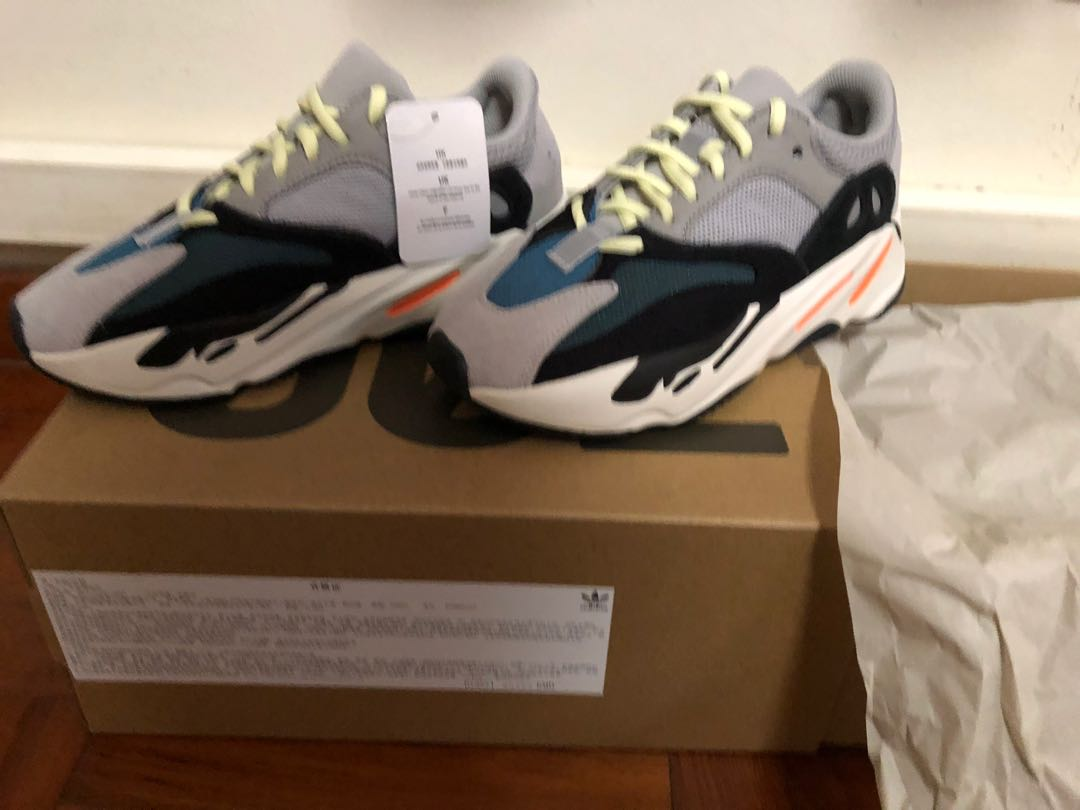 634c7a70be3 Yeezy 700 wave runner uk 9 -us 9.5