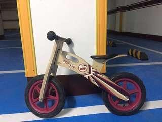 迪卡儂兒童平衡車