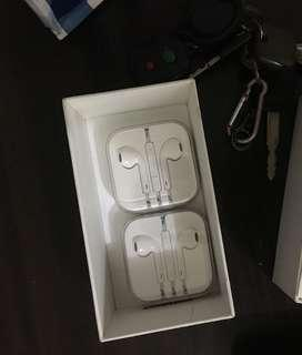 Earpods with 3.5mm jack