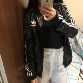 🚚 Adidas originals 黑色 三條線 尼龍皮 運動 外套