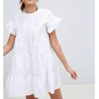 Pretty little thing, smock dress