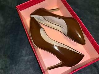 Brand New Kelly&Katy Brown Heels