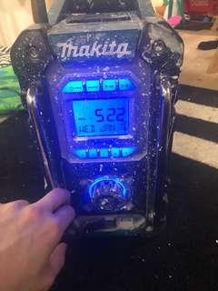 Makita Bluetooth speaker and  DC18SD charger