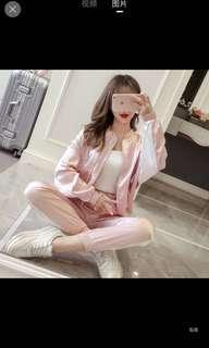 運動套裝 粉紅色