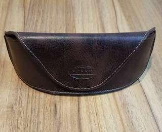 Fossil Sunglasses Glasses Soft Case Brown Leather magnetic closure