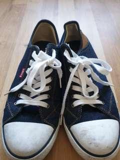 Levis navy blue sneaker shoe