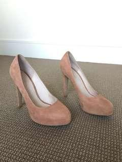 Witchery nude suede heels size 38