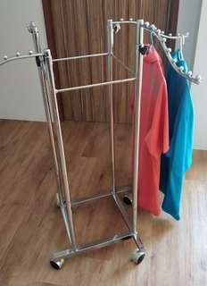 Clothes rack hanger